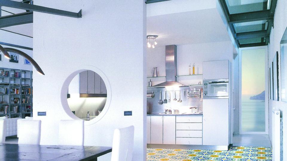 immagine 2 della galleria fotografica del brand Francesco De Maio