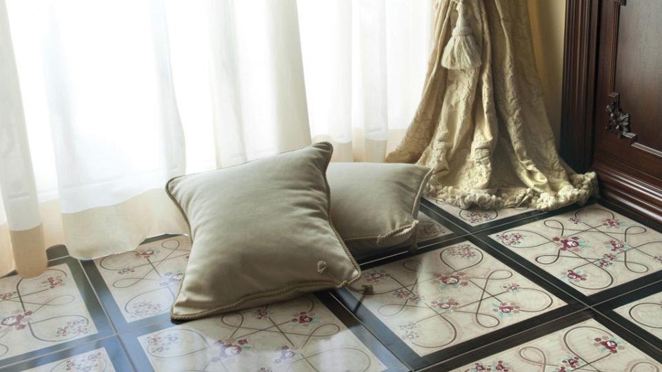 immagine 6 della galleria fotografica del brand Francesco De Maio